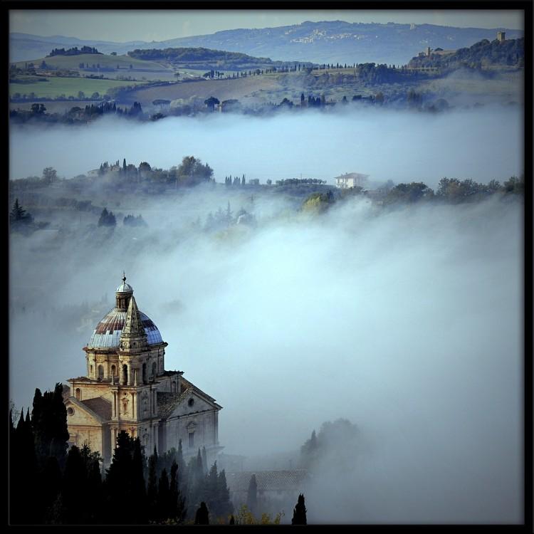 Montepulciano, San Biagio nella nebbia
