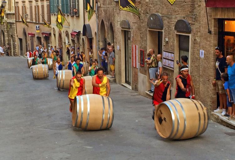 Montepulciano, partenza del Bravio